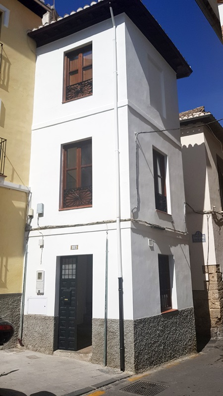Bonita casa soleada A ESTRENAR en Barrio del Realejo